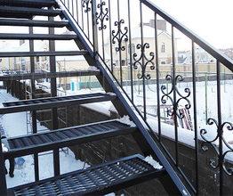металлическая лестница с бетонными ступенями, металлическая лестница с деревянными ступенями, металлическая лестница с металлическими ступенями, лестница с металлическим каркасом,лестница металлическая, лестница пожарная,лестницы, лестницы металлические, лестница с бетонными ступенями, металлическая лестница, лестница на касаурах, лестница бетонная, лестница металлическая на заказ, лестницы в калининграде, перила, перила для лестниц, перила кованные, перила лестницы, перила в калининграде,лестница с площадкой, лестница с забежными ступенями, лестница металлическая с деревянными ступенями,лестница бетонная